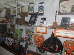 Worlds of Wizards Display